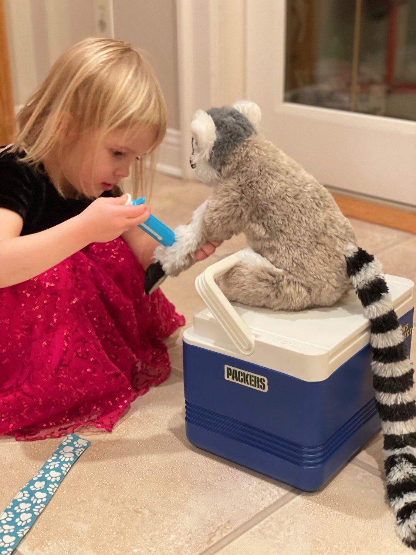 Groundhogs, Lemurs & Organic Plant Sale Updates